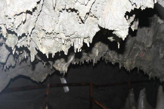 Akka Cave: 雫