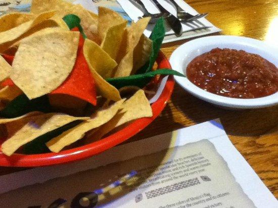 Amigo Spot : chips and salsa
