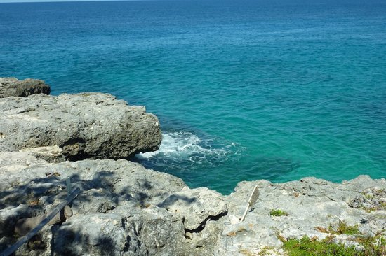 Moon Dance Cliffs: Beach Side