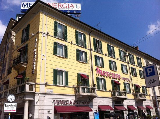 Mercure Milano Centro: The exterior of the hotel