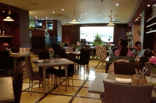 Duo Restaurant & Bar: Duo, Qawra, Malta
