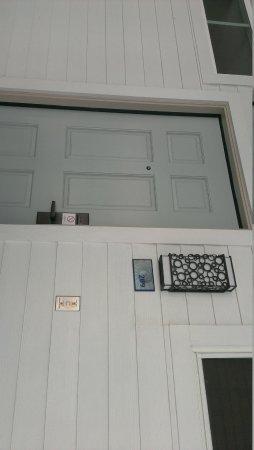 Hotel Indigo San Diego Del Mar: room door