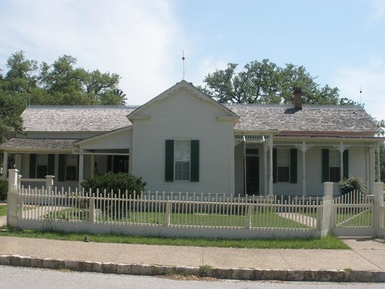 Lyndon B. Johnson National Historical Park: Boyhood home