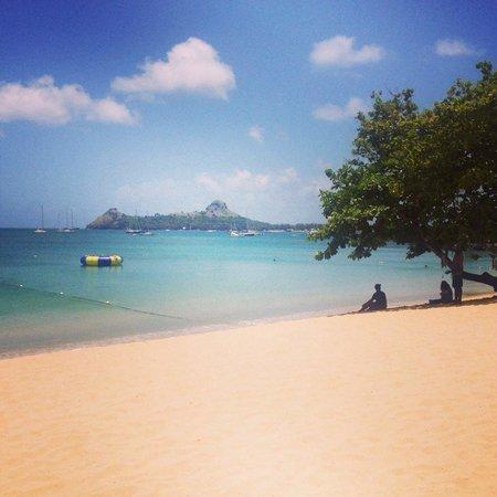 Bay Gardens Beach Resort: View whilst eating breakfast