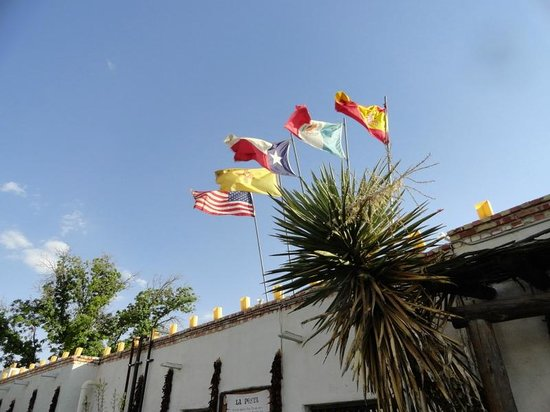 La Posta de Mesilla: The flags flying over the door celebrate the history of the building