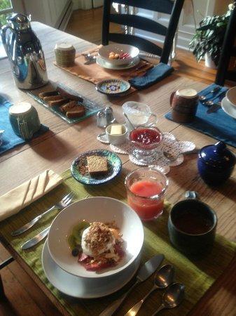 Brandt House: Breakfast setting