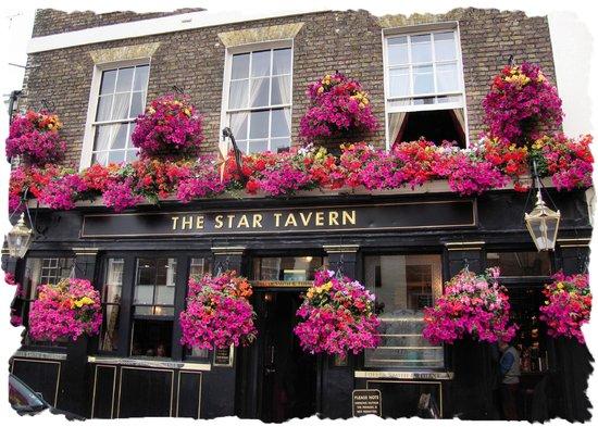 The Star Tavern : Lovely Exterior