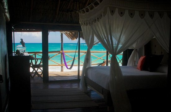 Luv Tulum: Ocean Front King Room