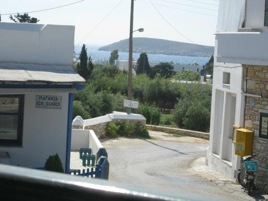 Hotel Ivi : Aegean sea just down the lane