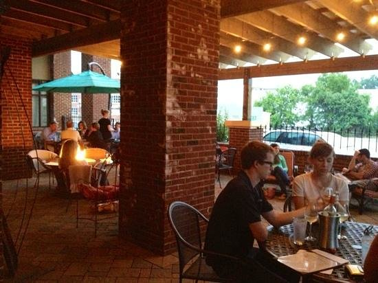 Brix Nouveau: If you want a cozy indoor/outdoor atmosphere, this is the place.