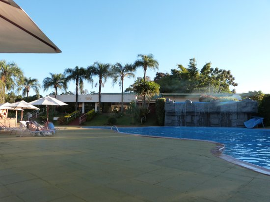 Exe Hotel Cataratas: Pileta