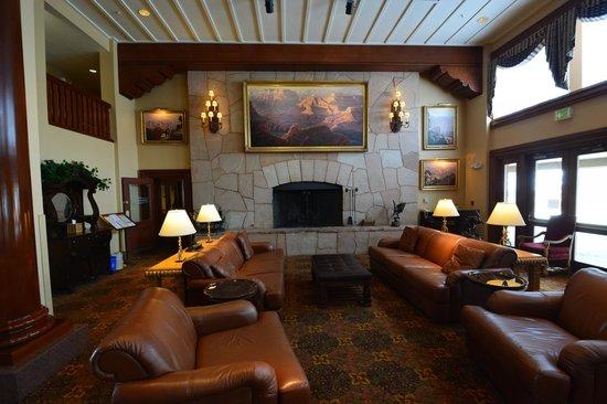 جراند كانيون ريلوي هوتل: Hotel lobby