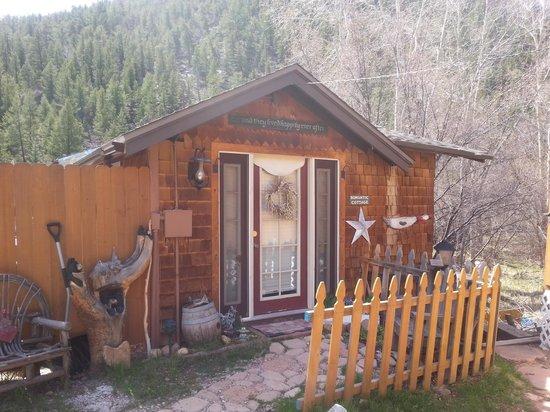 Annie's Mountain Retreat: Romantic Cottage