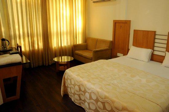 Hotel Siddhant: Room
