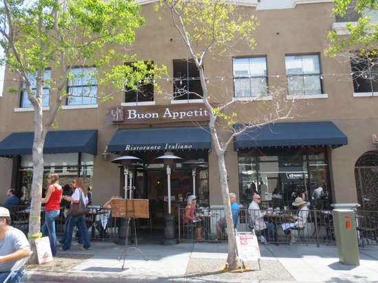 Buon Appetito Restaurant : Buon Appetito and outside patio