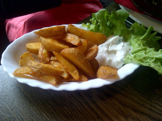 Steak-Restaurant MonTero: Potato Wedges