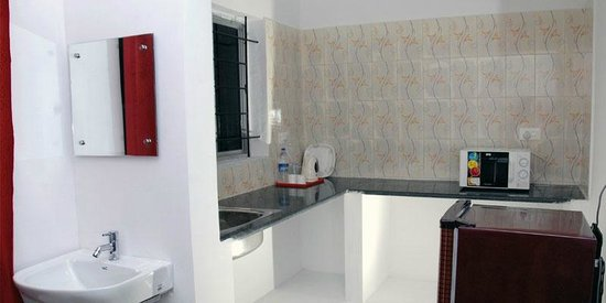 Varsha Enclave: Kitchen