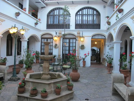 Hostal Sucre: the courtyard