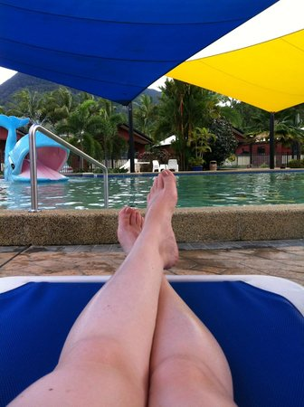 Cairns Coconut Holiday Resort: Lazing around by the Sun Lagoon