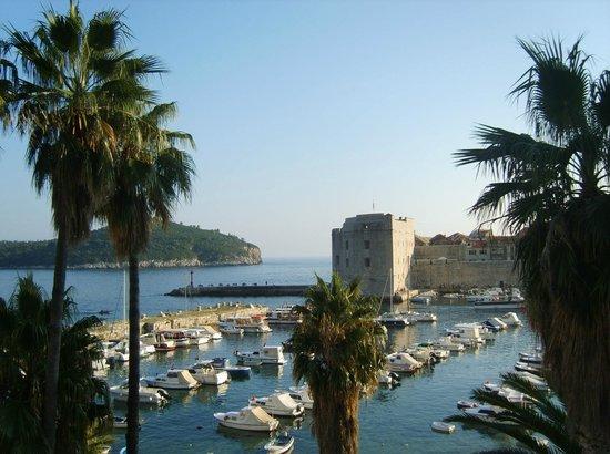 فيلا روزا: Вид на старый порт