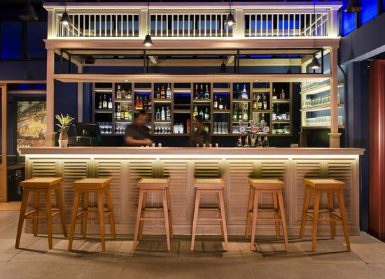 Baan Wanglang Riverside: 342bar rooftop
