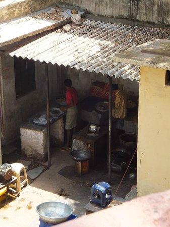 Sajjan Niwas : vue du balcon, l'envers du décor !