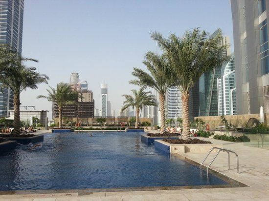 Pool picture of jw marriott marquis hotel dubai dubai for Tripadvisor dubai hotels