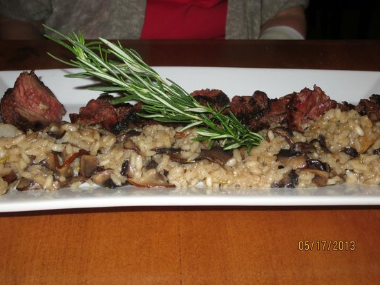 50 West: hangar steak w/mushroom risotto