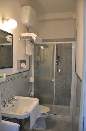 Hotel Serena : bagno