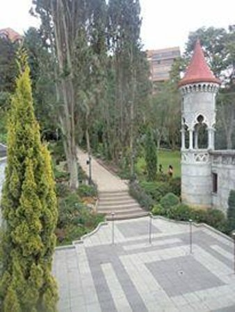 Bosque de cipreses italianos picture of el castillo for Jardines italianos