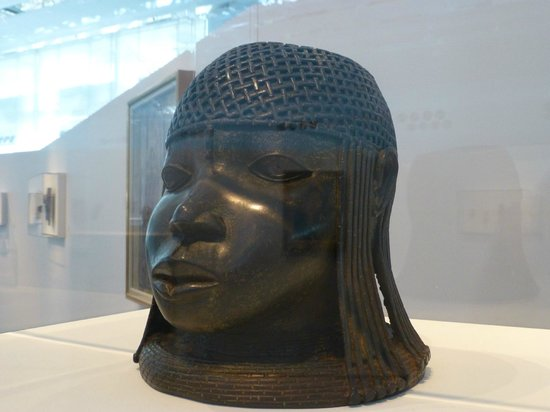 Sainsbury Centre for Visual Arts: head of a girl