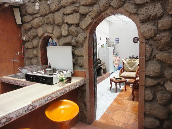 Hostal Oasis : Hotel Oasis,kitchenette area