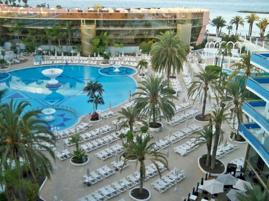 Mediterranean Palace Hotel: The pool