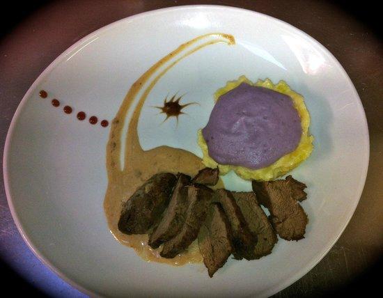 Restaurant Le Papagall : Filet de boeuf emulsion de pomme vitelotte