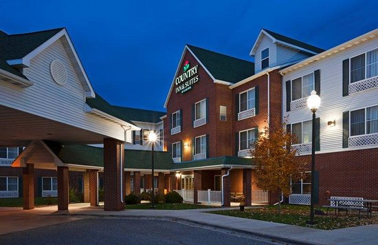 Country Inn & Suites By Carlson, Duluth North: CountryInn&Suites DuluthNorth ExteriorNight