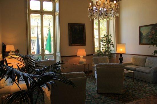 Conte Biancamano Hotel : hall dell'hotel