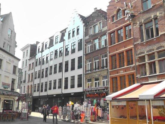 Hotel O  Kathedral : Aussenansicht