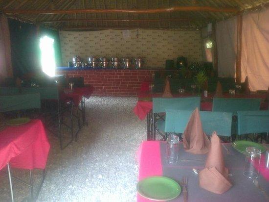 The Chardham Camp: Dinning area