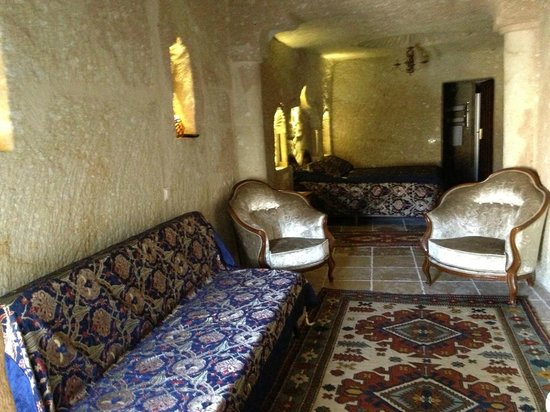 Dedeli Konak Cave Hotel: All rooms with WiFi, Minibar, Tea-Coffee making facilities, LED flat screen TV