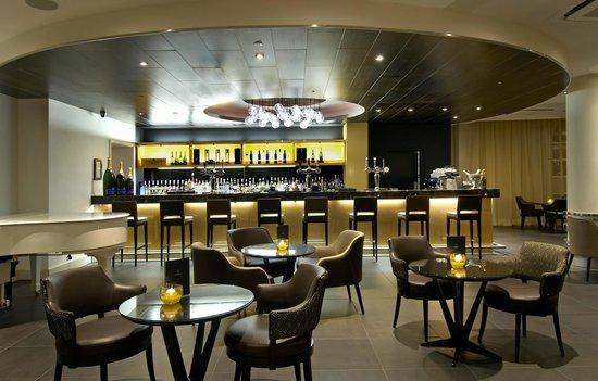 The Metropole Lounge: Main Bar