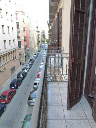 Hostal Orleans: Balkon
