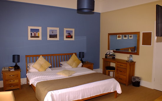 The Osborne Hotel: New inland double room