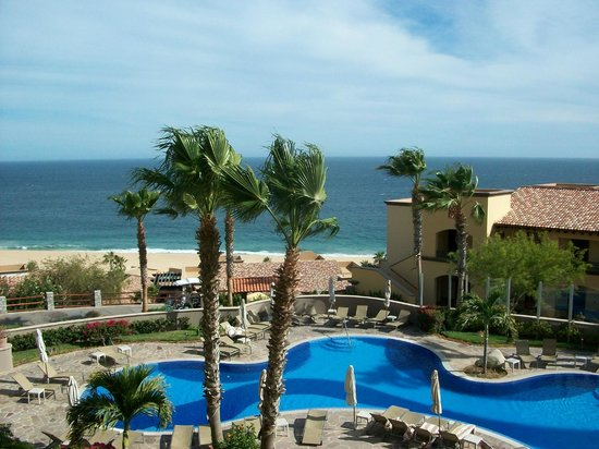 Pueblo Bonito Sunset Beach Golf & Spa Resort: The view from our room.