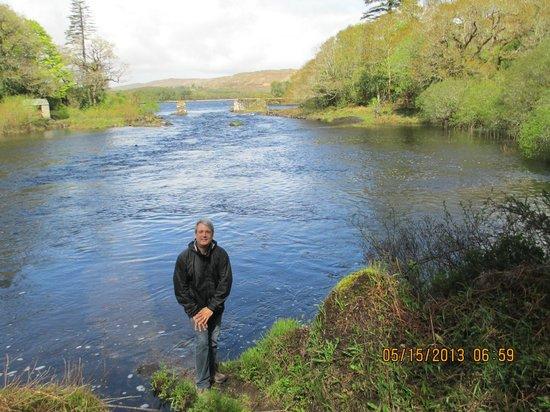 Ballynahinch Castle Hotel: River