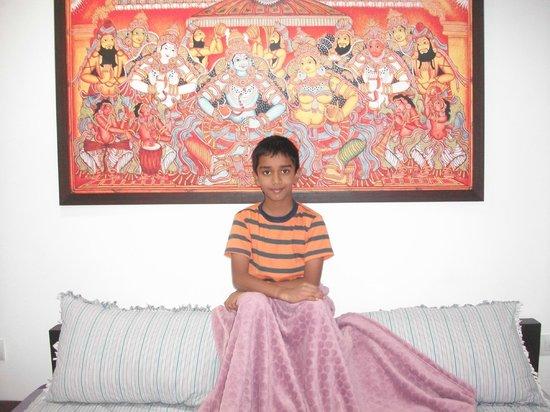 Vasudevam - Premium Suites: Moral Paiting in bed room