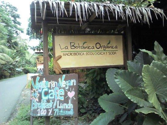La Botanica Organica Cafe: sign