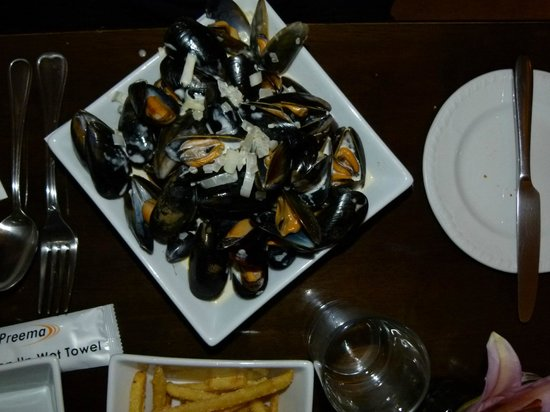 River House Restaurant : Local Mussels