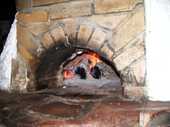 La Pizzéria Romane : four à bois