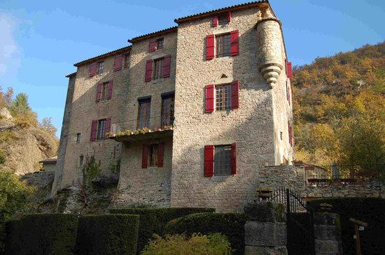 Chateau de Sorgues : facade sud