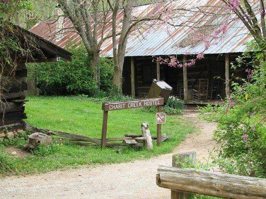 Big South Fork National River & Recreation Area : Charrit Creek Lodge